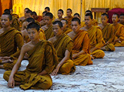 Buddhist-monks-group-meditation-178-132